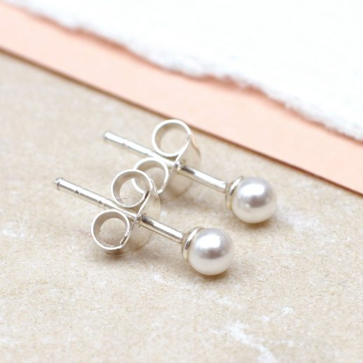 Pearl earrings copy