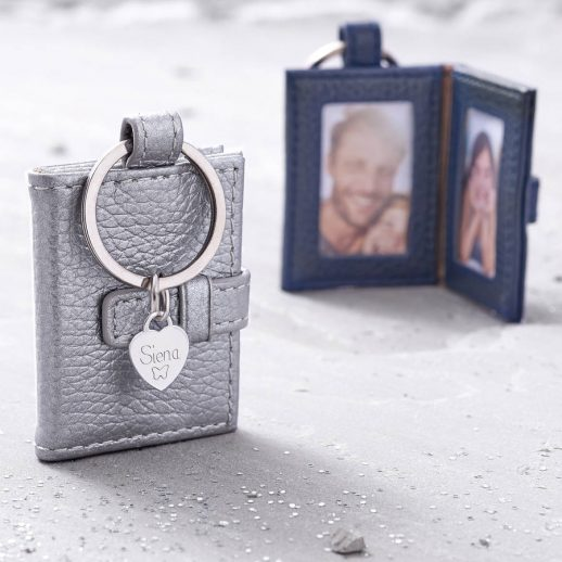 original_personalised-metallic-leather-photograph-book-keyring