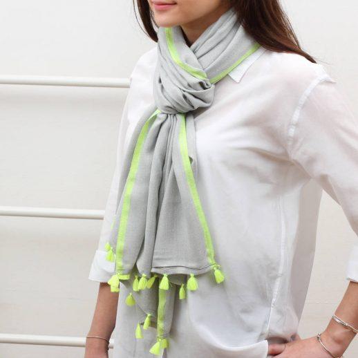 tassel-scarf
