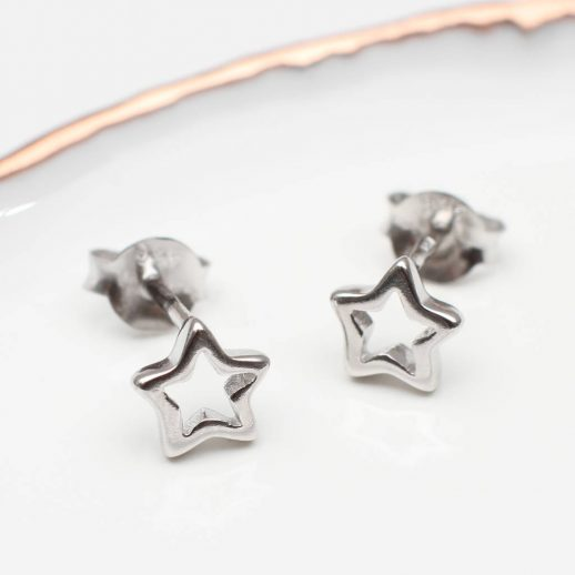 original_sterling-silver-mini-star-earrings-1