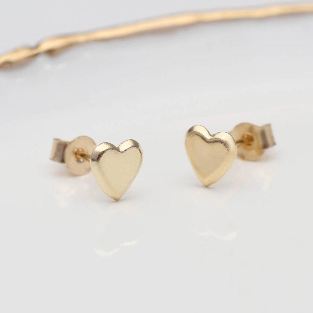 796b9c0c837dd7 9ct Gold Heart Stud Earrings | Hurleyburley