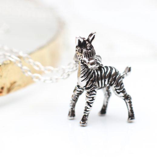 ZebraNecklace (1)