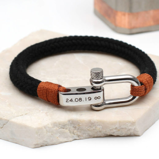 original_mens-personalised-message-shackle-bolt-bracelet-1