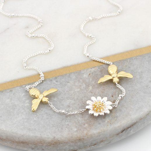 FlowerBeeNecklace