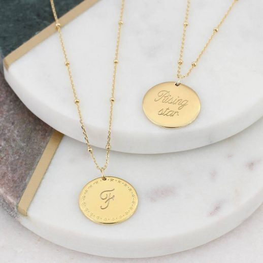 original_18ct-gold-star-framed-personalised-initial-necklace-1