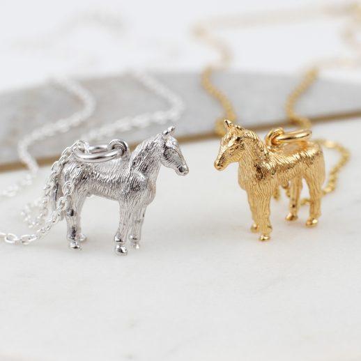 7.HorseNecklaces